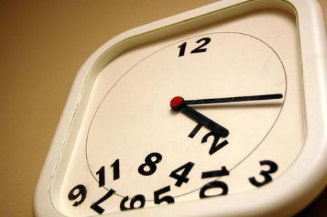 Reloj desordenado